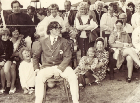 BUTLINS BARRY 1972 f