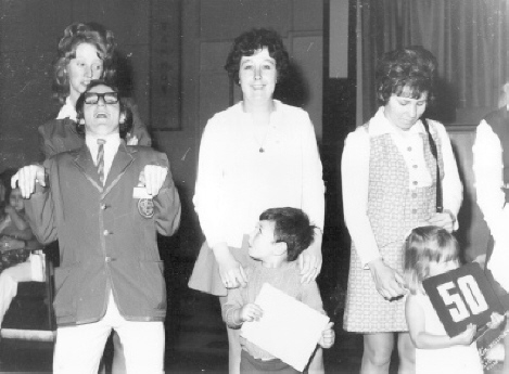 BUTLINS BARRY 1972 b