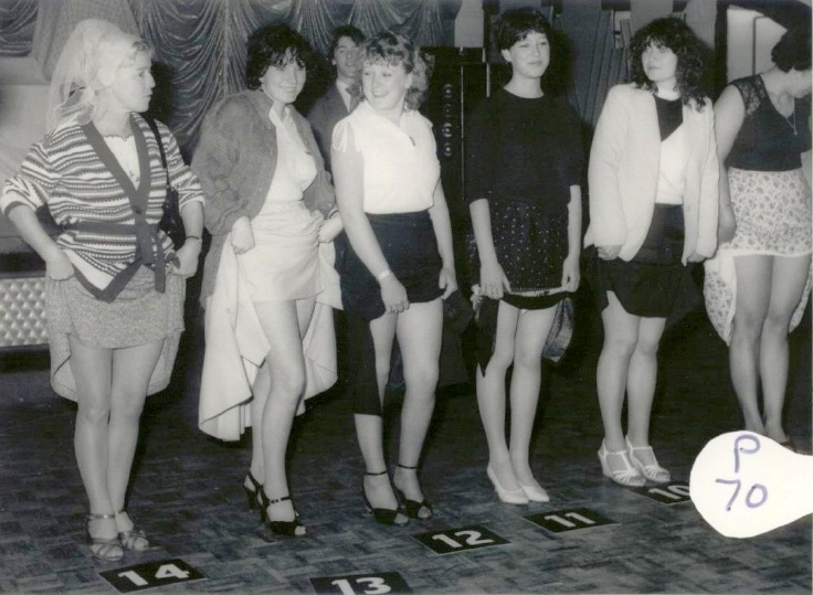 BUTLINS SKEGNESS 1980 LOVELY LEGS