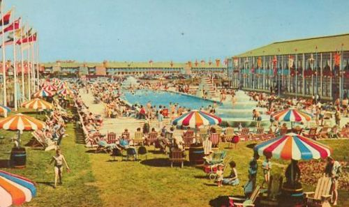 BUTLINS BOGNOR outdoor pool
