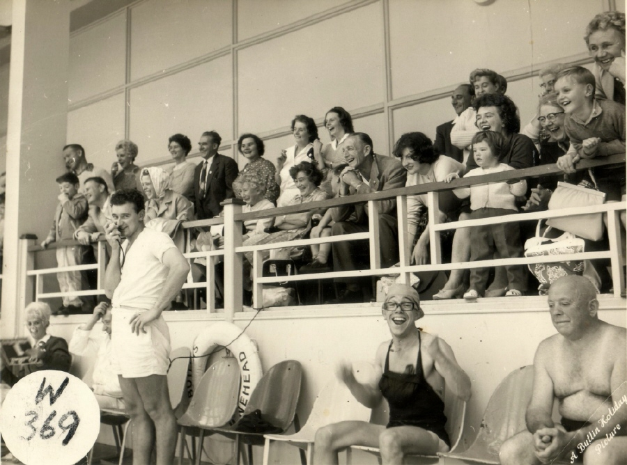 Butlin Minehead pool 1962 at Redcoats Reunited