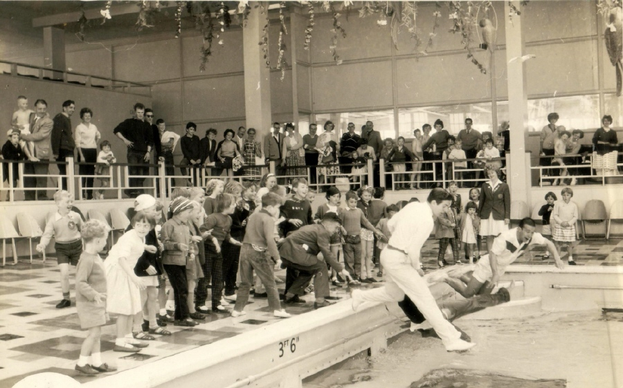 BUTLINS MINEHEAD 1962 pool at Redcoats Reunited