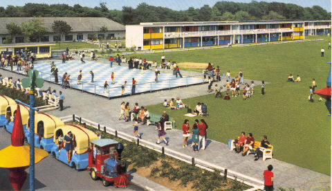 BUTLINS MOSNEY SKATING RINK